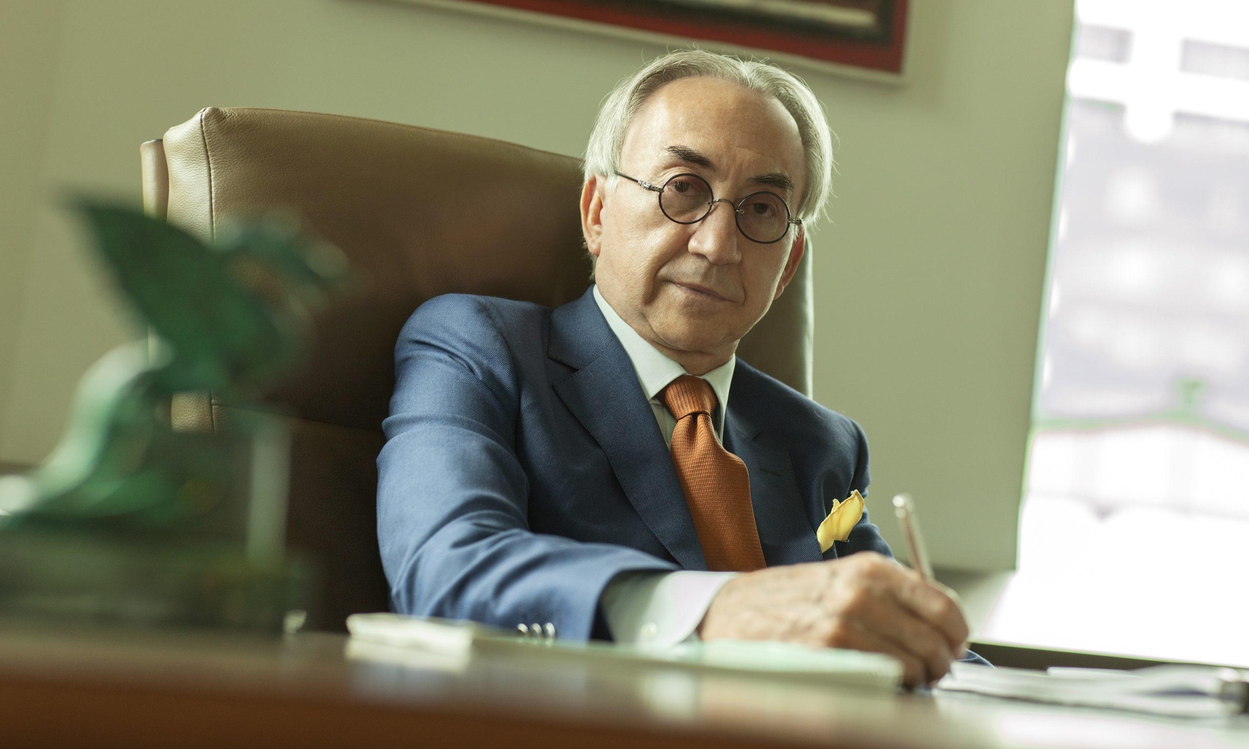 "You are currently viewing Lagunina akcija ""Pisci preporučuju"": Šta čita Miroslav Mišković u samoizolaciji?"