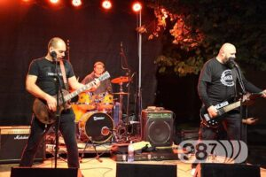 "Read more about the article Majkan objavio novi singl – ""Laku noć"""